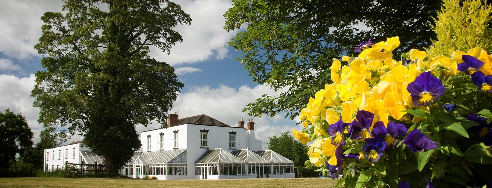 Weddings, Wedding Venues. Parties, Functions at the Wroxeter Hotel